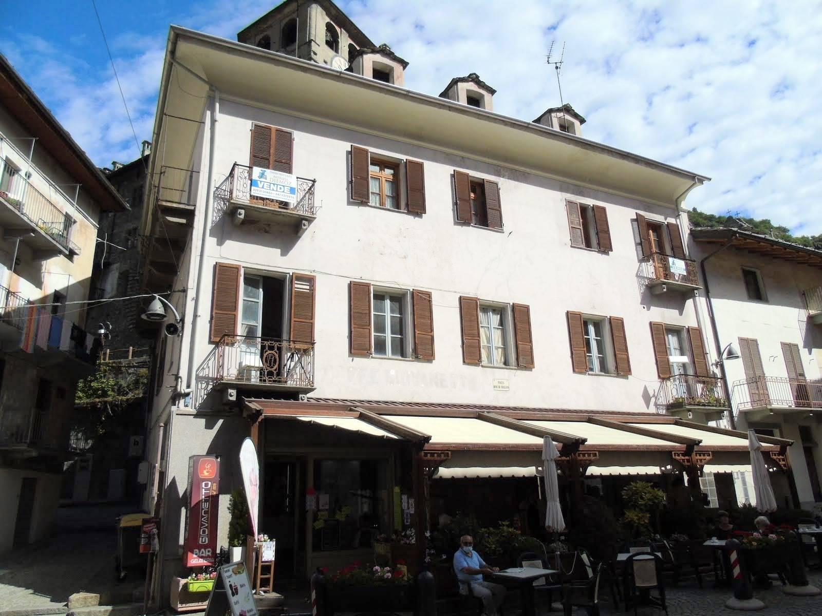Appartamento in vendita a Verres, 6 locali, prezzo € 160.000 | PortaleAgenzieImmobiliari.it
