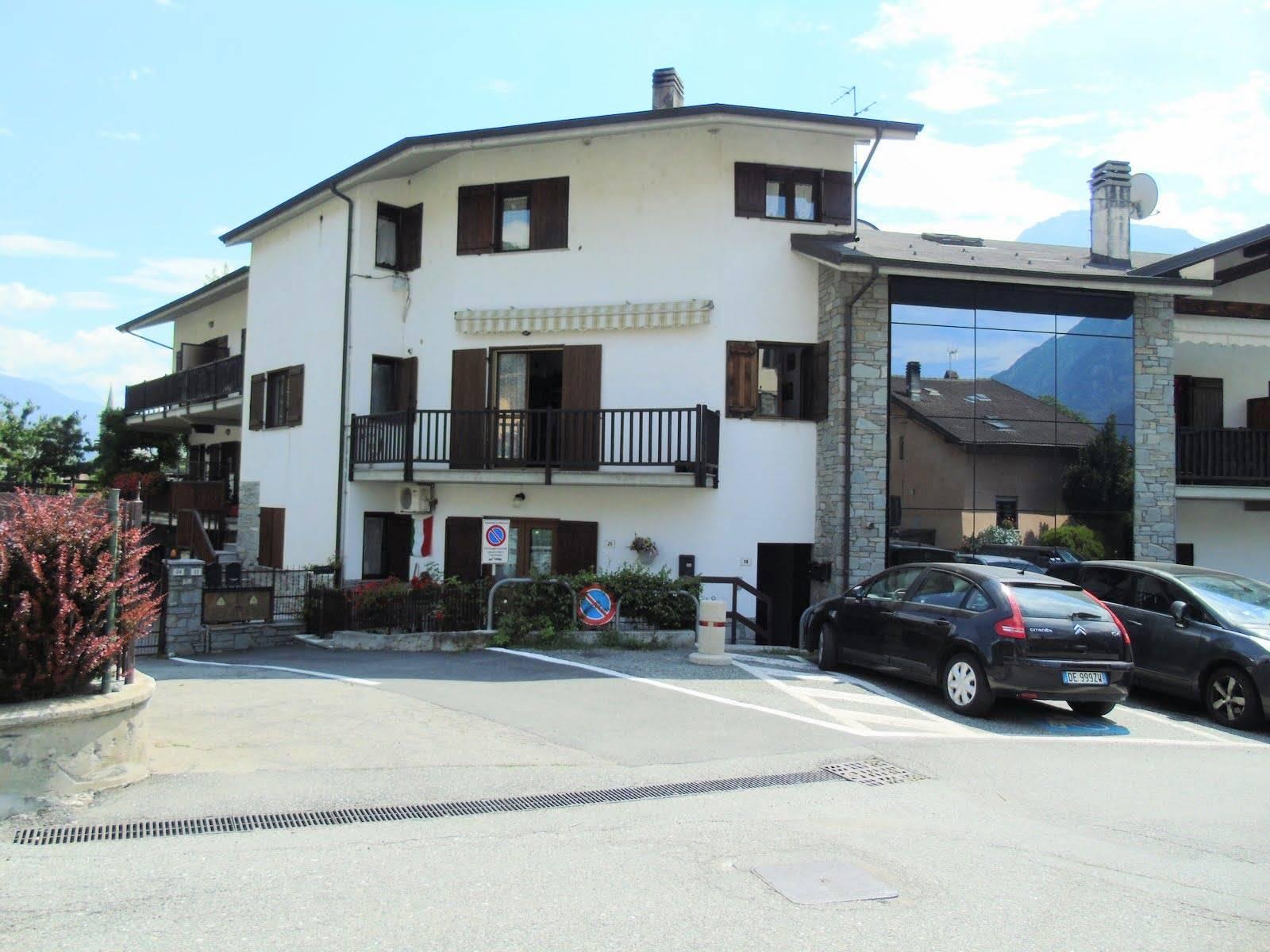 Appartamento in vendita a Nus, 4 locali, prezzo € 138.000 | CambioCasa.it