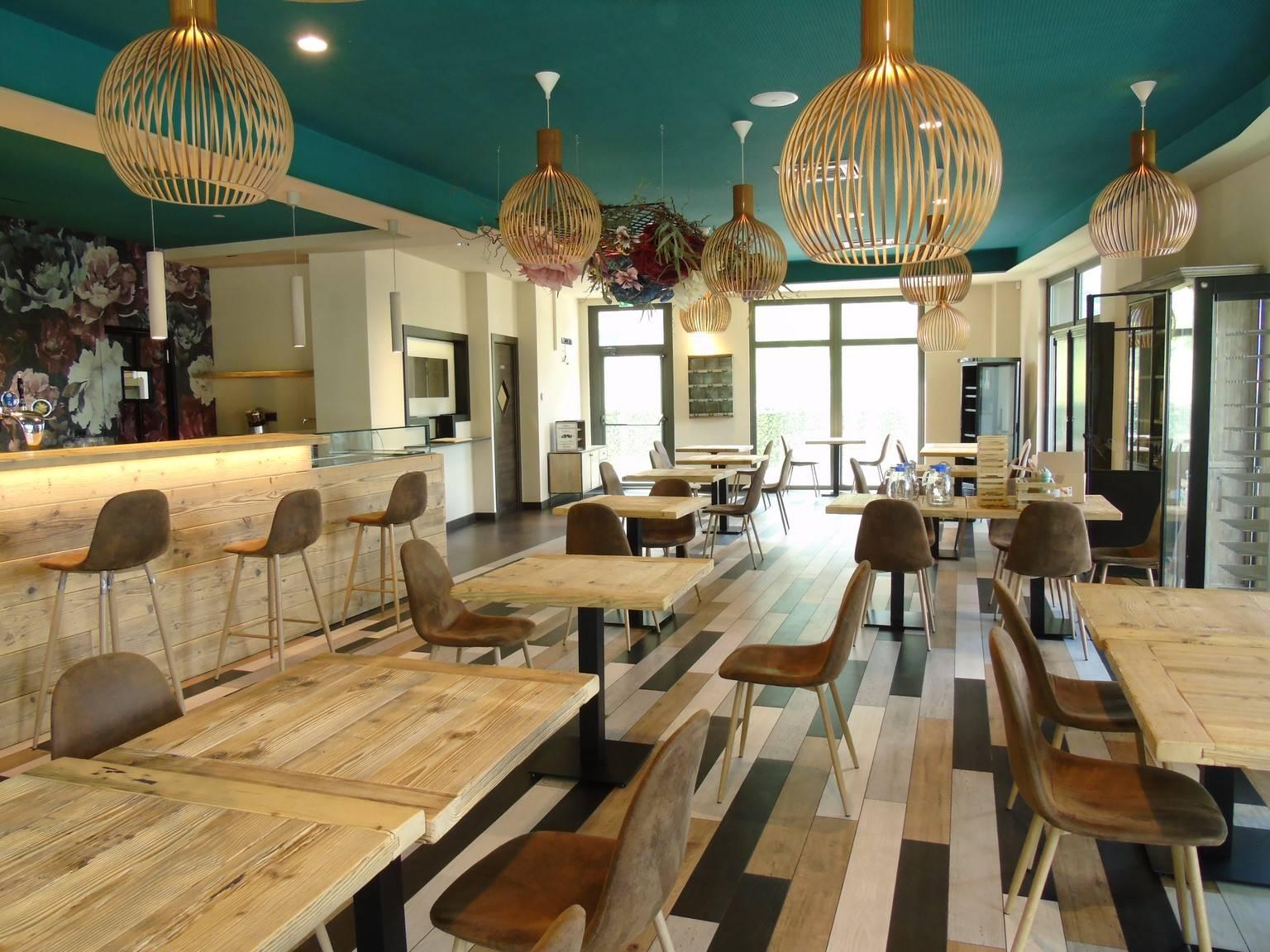 Bar in affitto a Quart, 4 locali, prezzo € 3.500   PortaleAgenzieImmobiliari.it