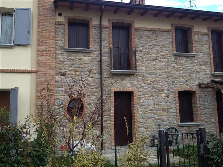 Villa a schiera, San Polo, Podenzano, in ottime condizioni