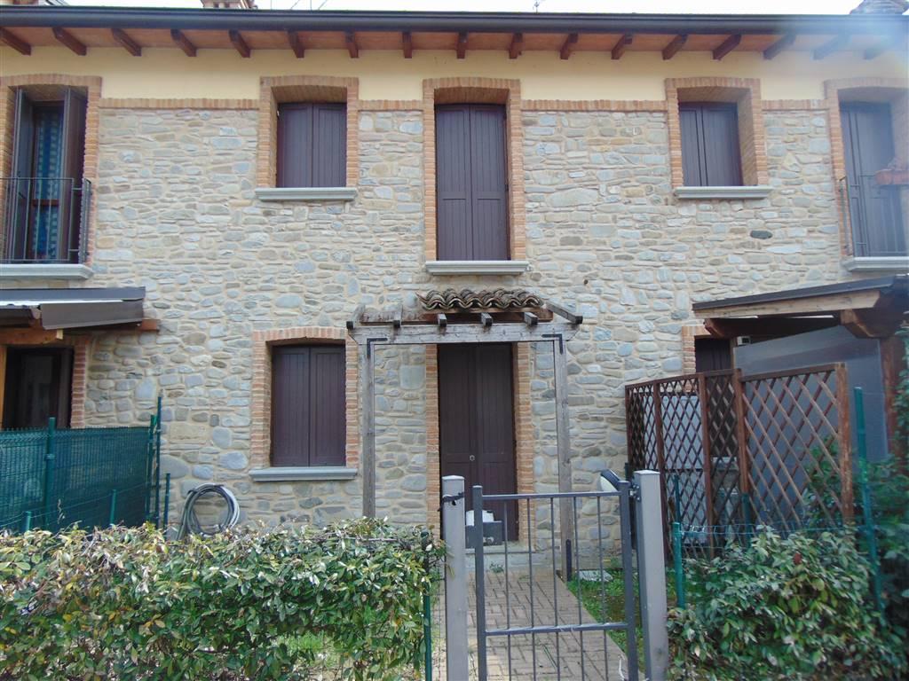 Villa a schiera in Strada Per Albone  00, San Polo, Podenzano