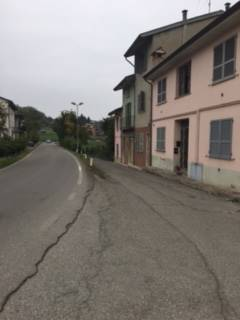 Casa semi indipendente in Via Moia, Sariano, Gropparello