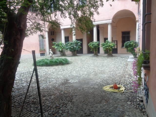 Trilocale in Via Sopramuro 0, Centro Storico, Piacenza