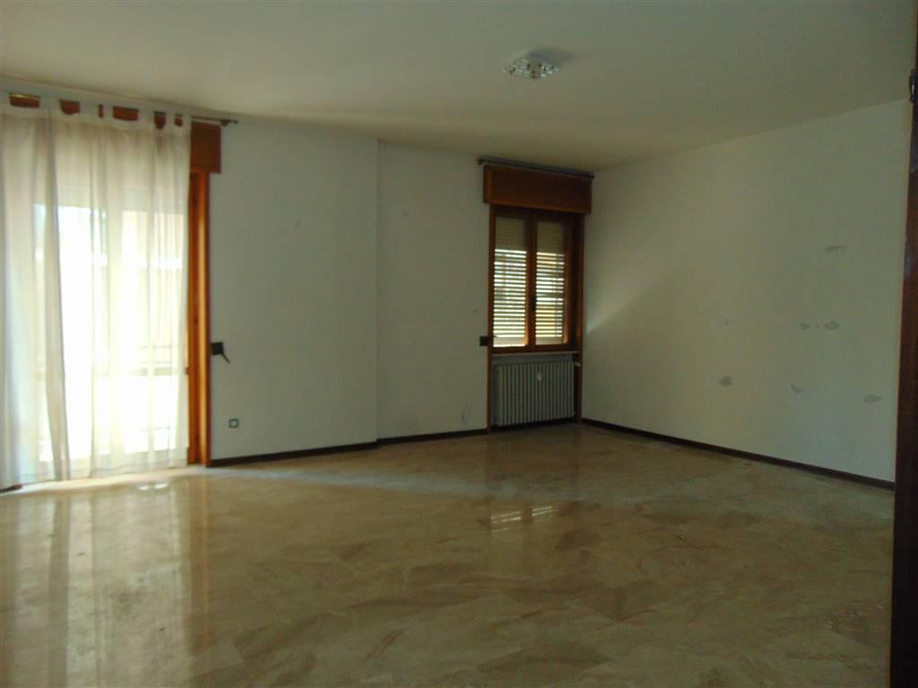 Appartamento, B.ra Genova, Piacenza, abitabile