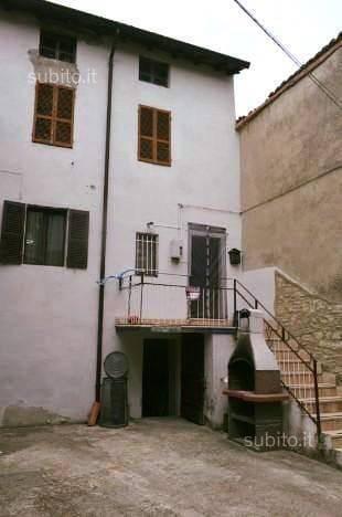 Casa semi indipendente in Loc Bersani 16, Gropparello