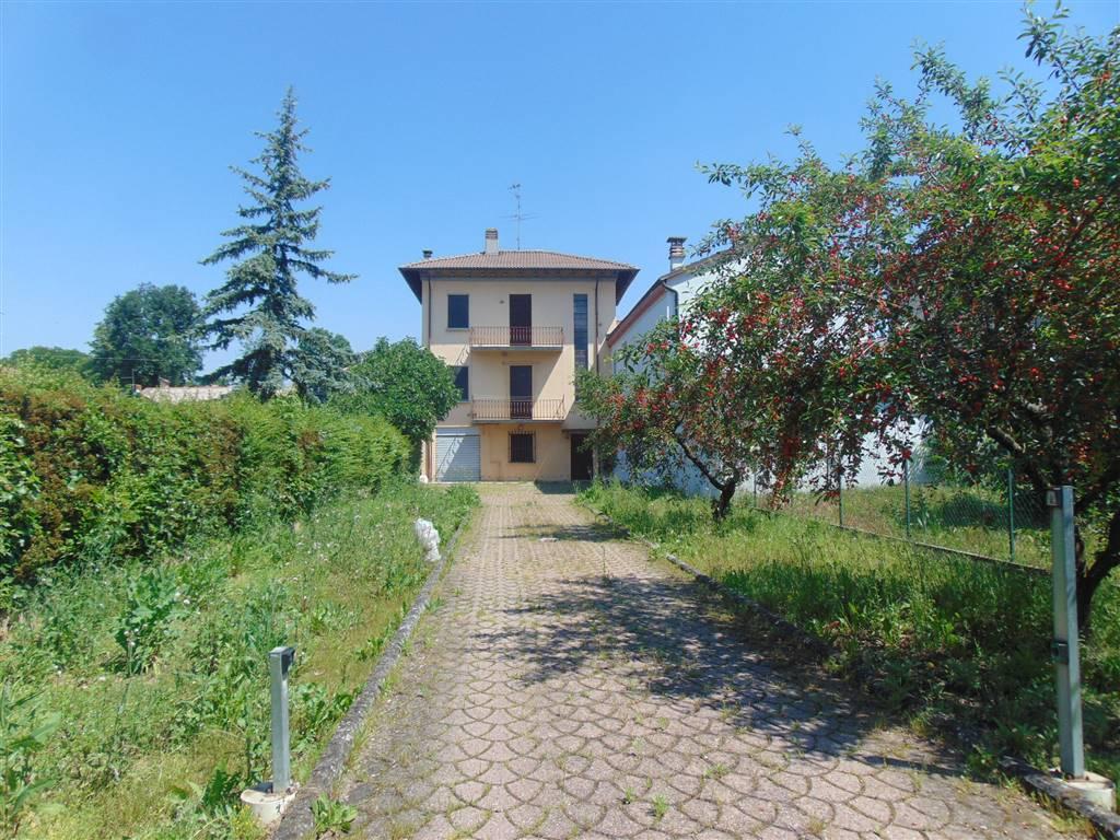 Casa semi indipendente in Via Roma  22, San Giorgio Piacentino