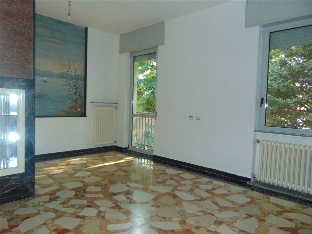 Appartamento indipendente, Infrangibile, Piacenza