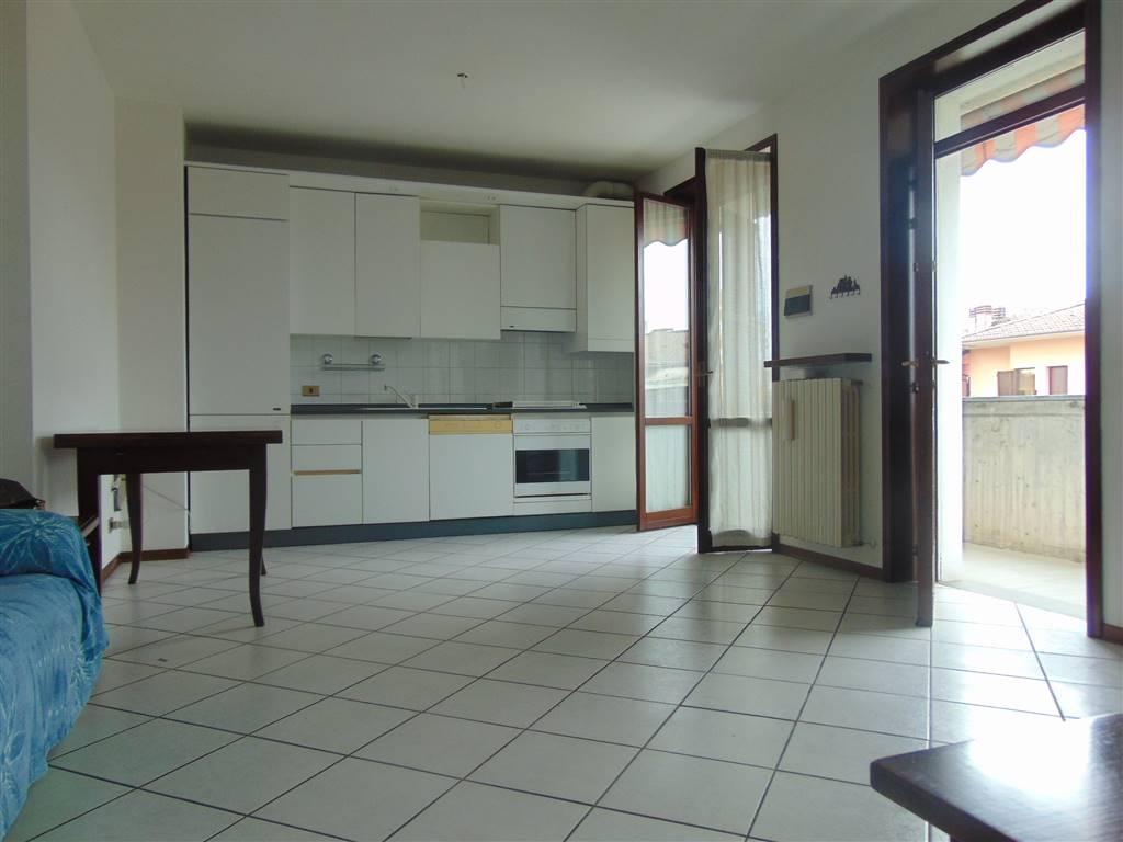 Appartamento indipendente in Via 8 Marzo  3, Carpaneto Piacentino