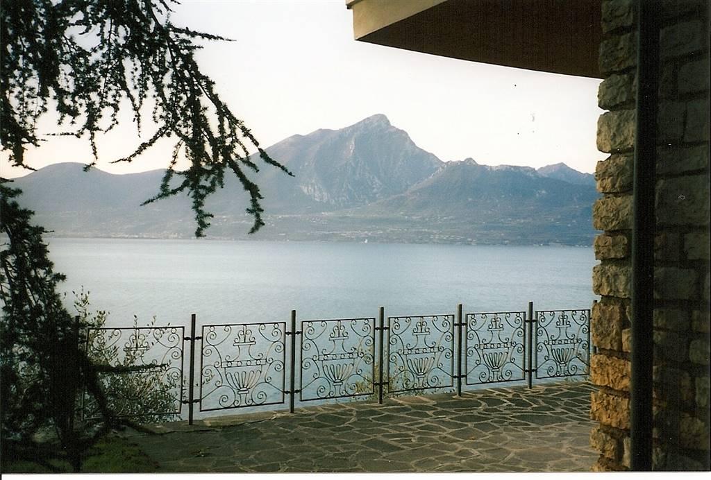 Villa, Torri Del Benaco