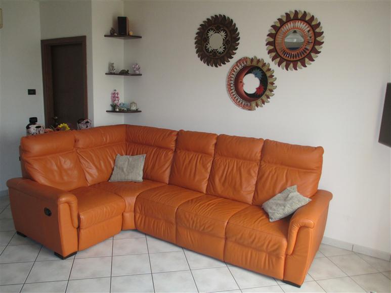 Appartamento in vendita a Suzzara, 3 locali, prezzo € 90.000 | CambioCasa.it