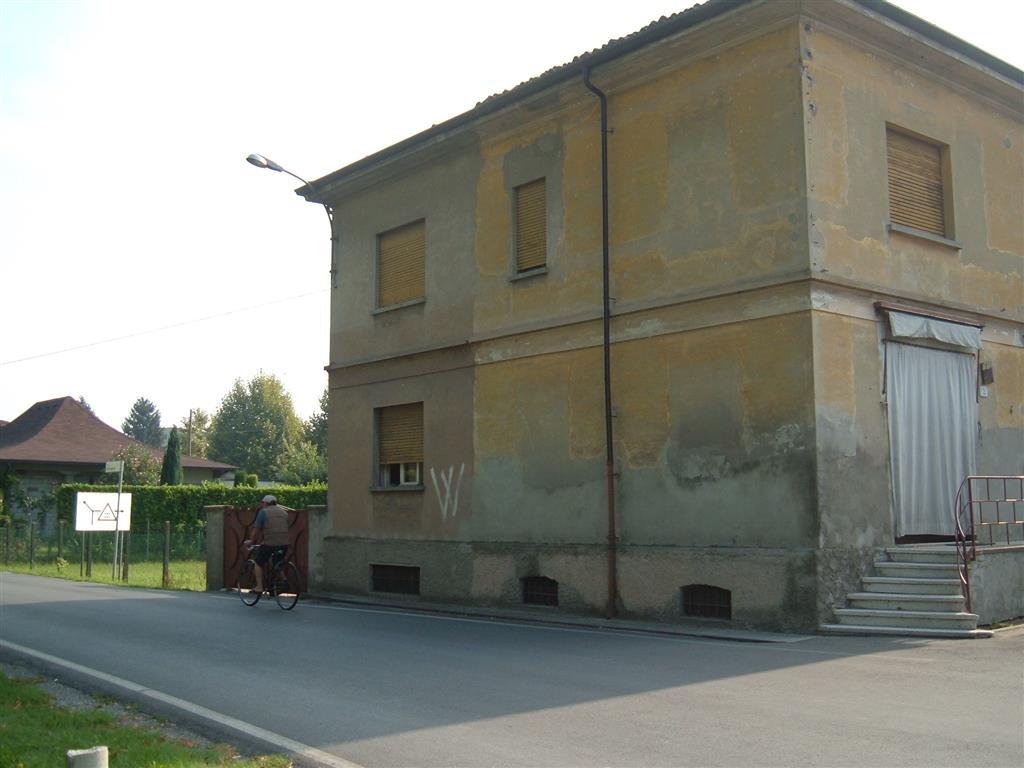 Trilocale, Luzzara