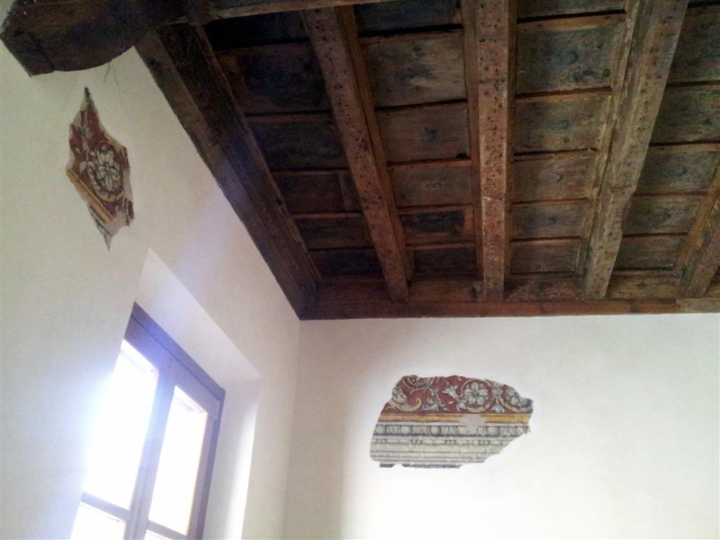 Vendita casa singola piazza viterbi 7 centro storico for Case in vendita roma centro storico privati