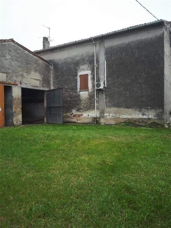 Vendita rustico casale strada romana sud 19 villa - Bagno 01 san benedetto po ...
