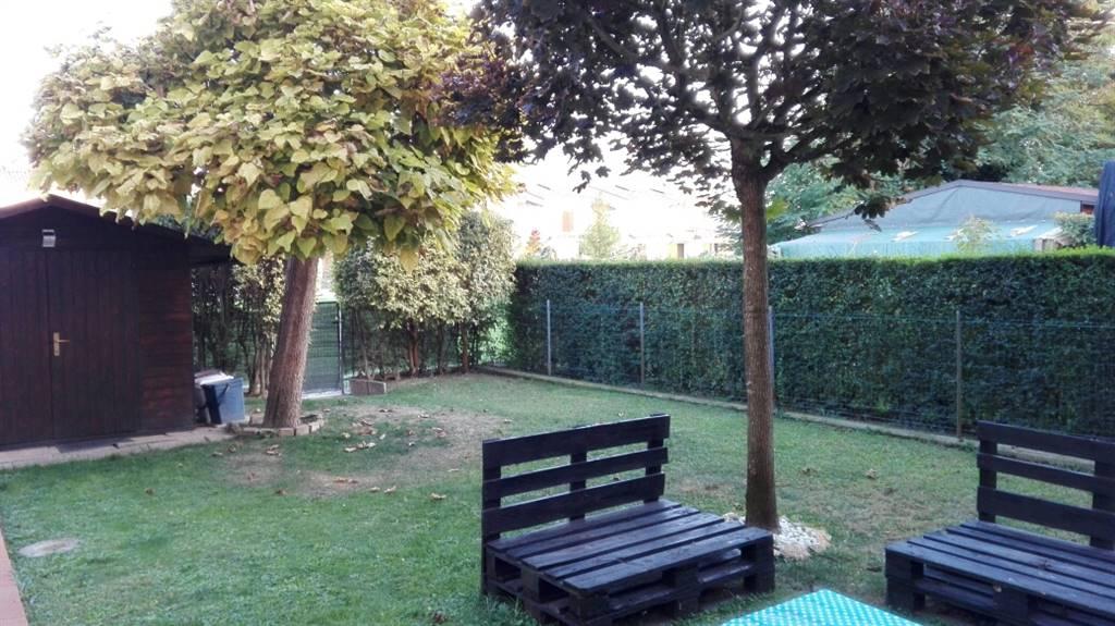Villa a schiera, Gonzaga, in ottime condizioni