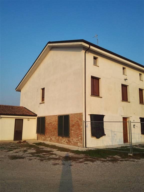 Casa semi indipendente, Bondeno, Gonzaga, ristrutturato