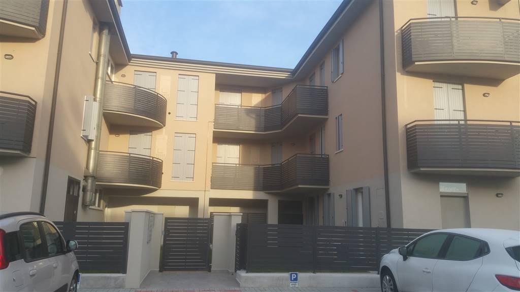 Trilocale in Via Canaletto 15-17-19, Mottella, San Giorgio Di Mantova