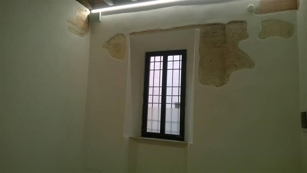 Trilocale, Centro Storico, Mantova, ristrutturato