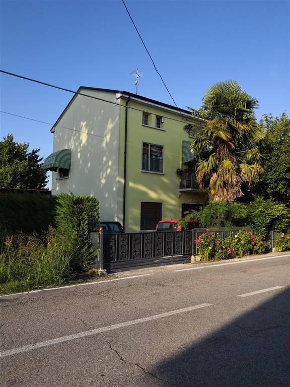 Rustico / Casale in vendita a Moglia, 7 locali, zona anello, prezzo € 100.000 | PortaleAgenzieImmobiliari.it