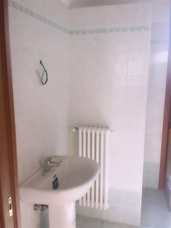 Villa a schiera, Brugneto, Reggiolo, in nuova costruzione