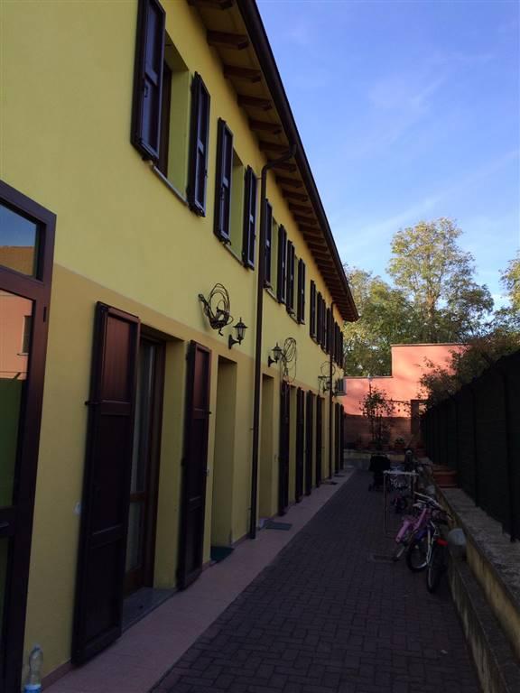 Villa a schiera, Suzzara