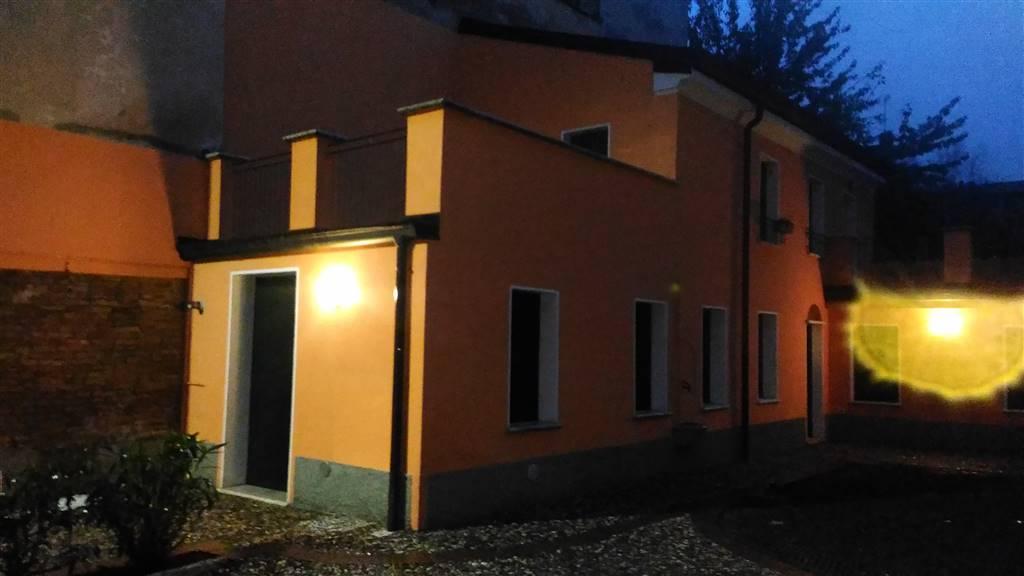 Casa singola, Centro Storico, Mantova, ristrutturata