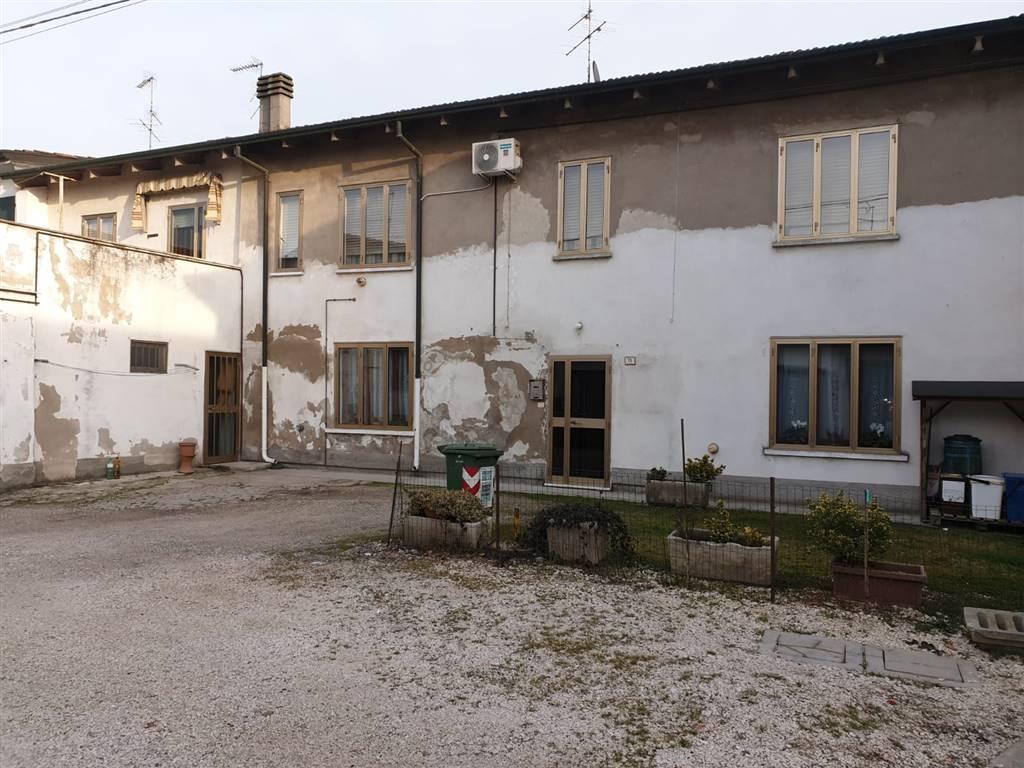 Casa semi indipendente, Suzzara, in ottime condizioni