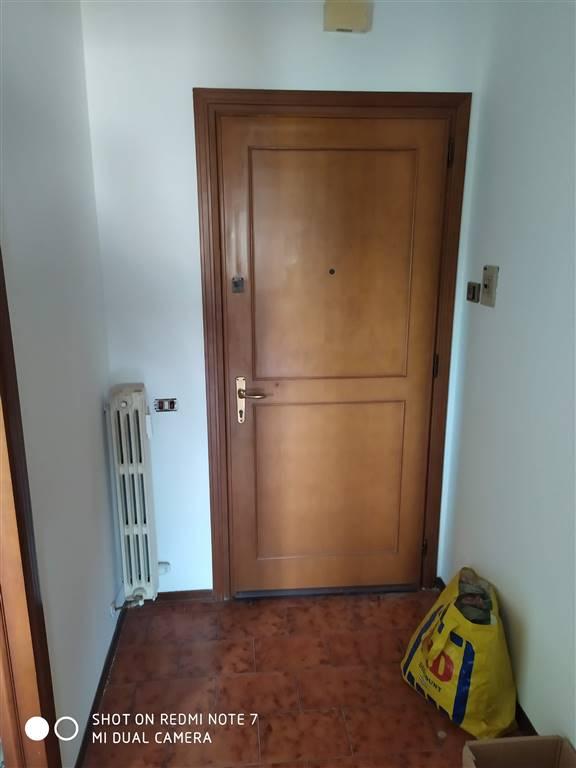 Appartamento in vendita a Moglia, 4 locali, prezzo € 39.000 | PortaleAgenzieImmobiliari.it