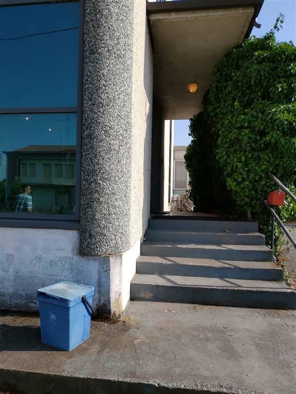 Attività / Licenza in affitto a Quistello, 9999 locali, prezzo € 4.000 | PortaleAgenzieImmobiliari.it