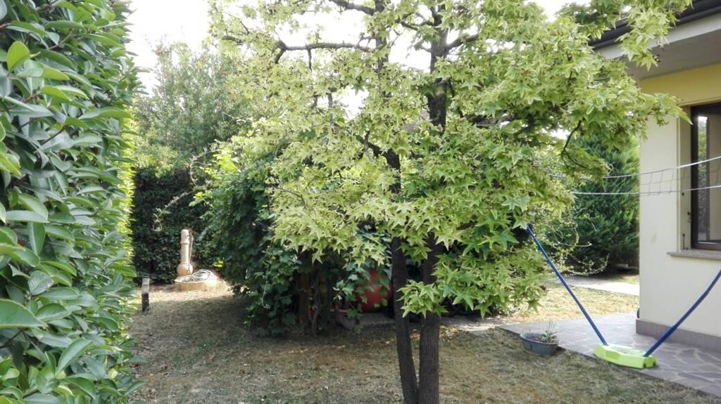 Villa a schiera, Palidano, Gonzaga, in ottime condizioni