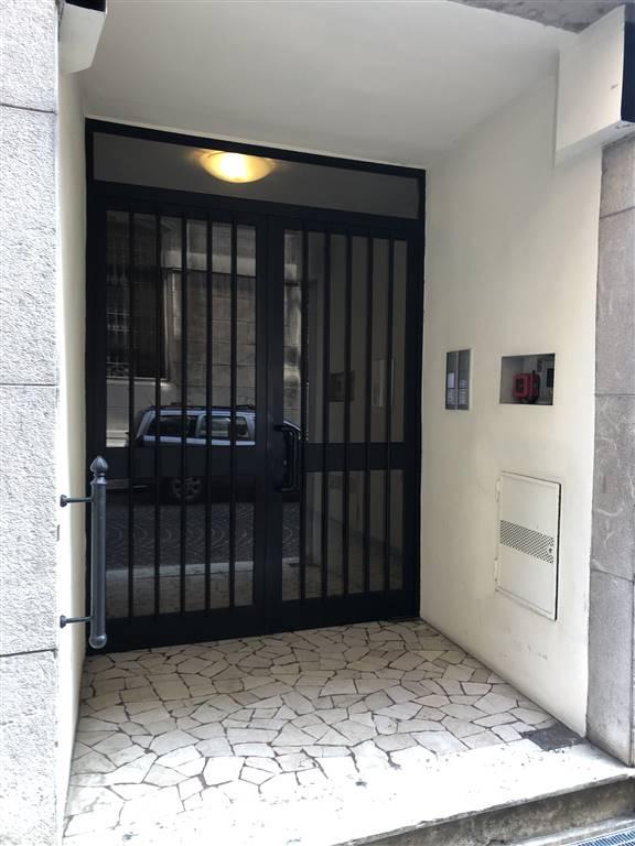 Ufficio / Studio in affitto a Mantova, 5 locali, zona Zona: Centro storico, prezzo € 500   CambioCasa.it