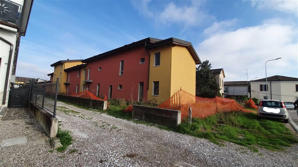Appartamento in vendita a Castel d'Ario, 4 locali, zona ro Urbano, prezzo € 93.000 | PortaleAgenzieImmobiliari.it