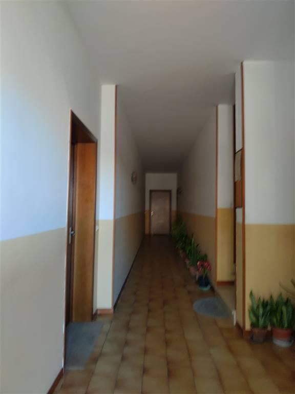 Appartamento in vendita a Gonzaga, 3 locali, zona Zona: Bondeno, prezzo € 45.000 | CambioCasa.it