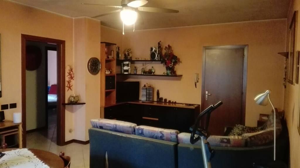 Appartamento in vendita a Suzzara, 3 locali, prezzo € 87.000 | CambioCasa.it