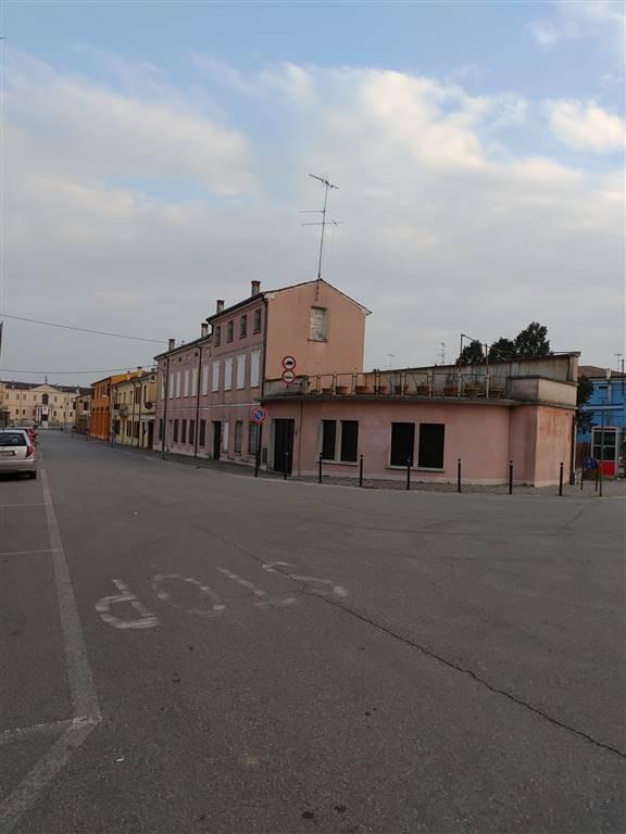 Soluzione Semindipendente in vendita a San Benedetto Po, 10 locali, prezzo € 180.000 | CambioCasa.it