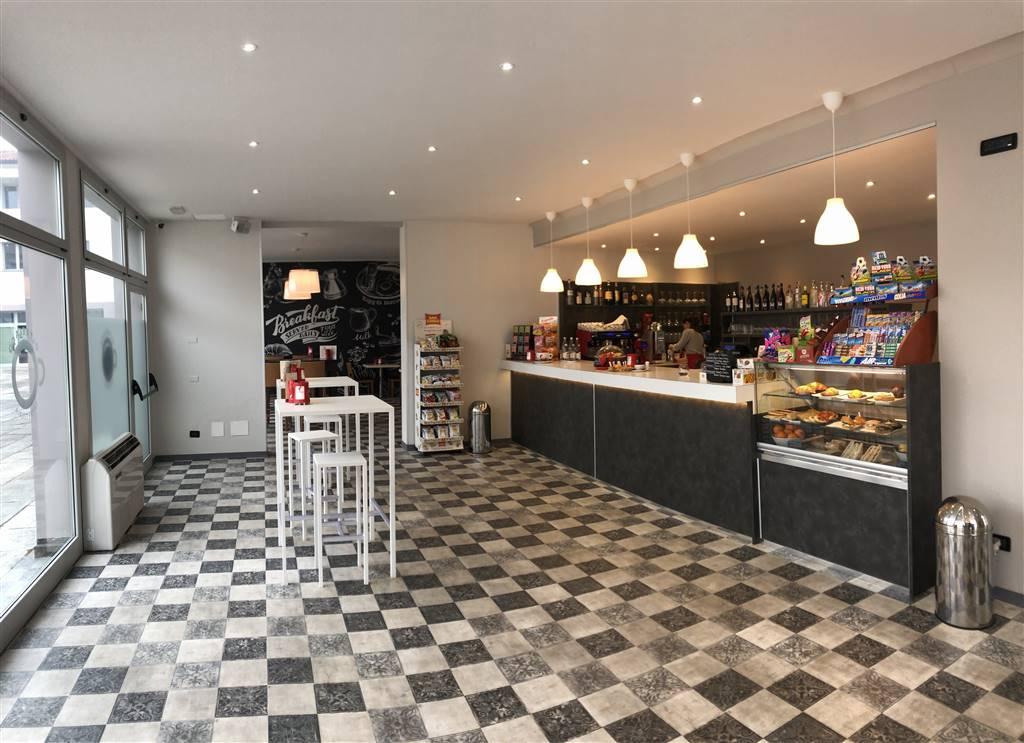 Bar in vendita a Mantova, 6 locali, zona Zona: Centro storico, prezzo € 63.000 | CambioCasa.it