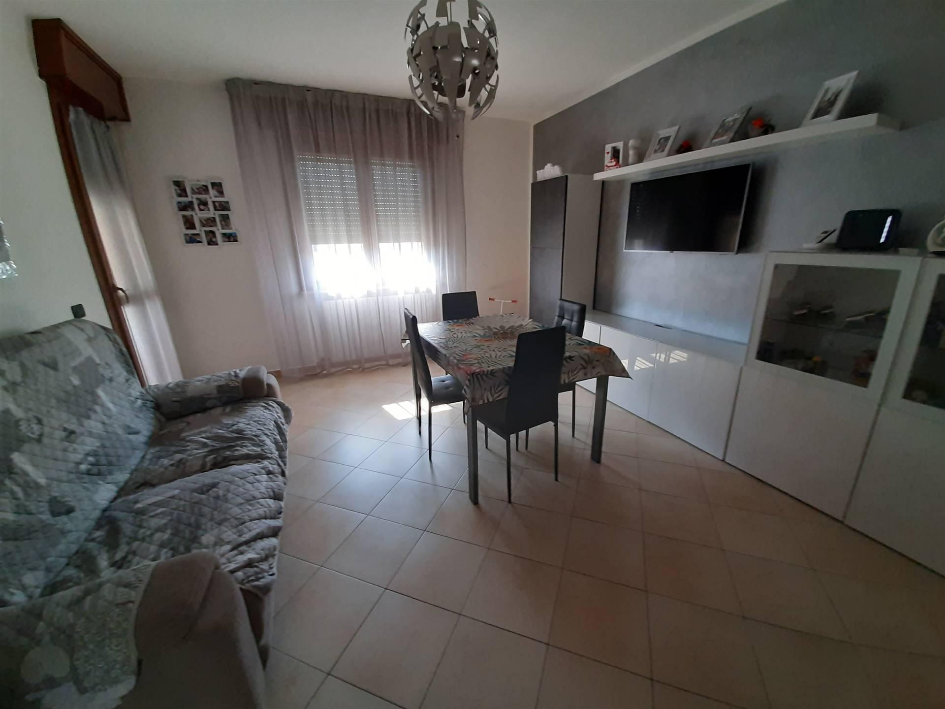Appartamento in vendita a Suzzara, 3 locali, prezzo € 89.000 | CambioCasa.it