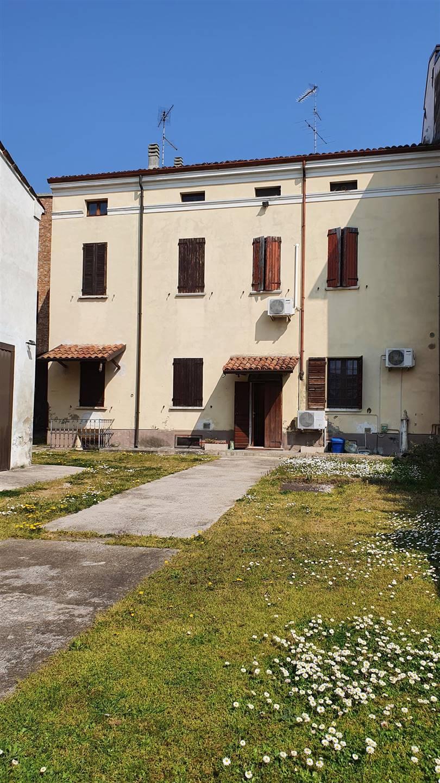 Soluzione Semindipendente in vendita a San Benedetto Po, 5 locali, prezzo € 89.000 | CambioCasa.it
