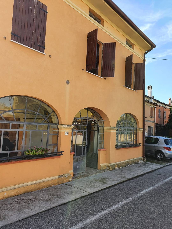 Rustico / Casale in vendita a San Benedetto Po, 12 locali, zona Zona: Bardelle, prezzo € 250.000 | CambioCasa.it