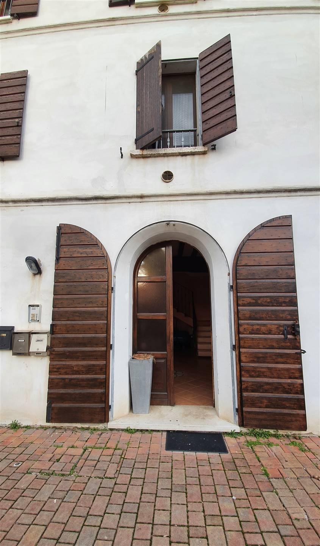 porta ingresso comune