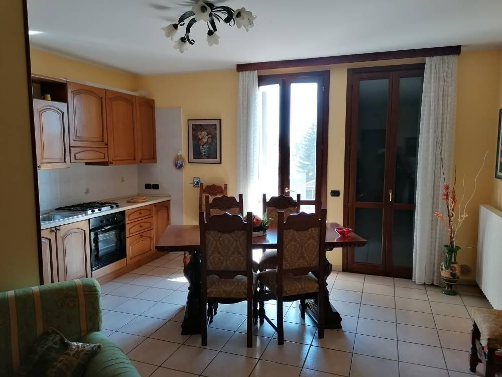 Appartamento in vendita a Suzzara, 3 locali, prezzo € 135.000 | CambioCasa.it
