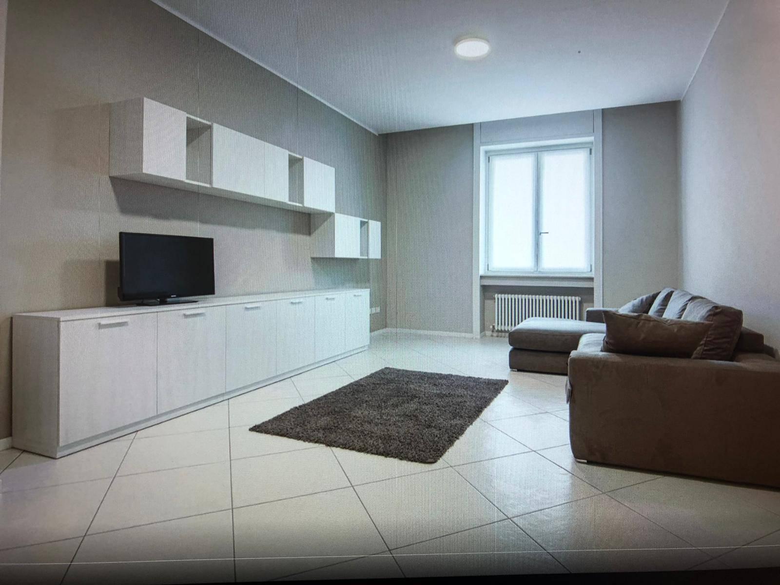 Appartamento in affitto a Mantova, 3 locali, zona Zona: Centro storico, prezzo € 480 | CambioCasa.it