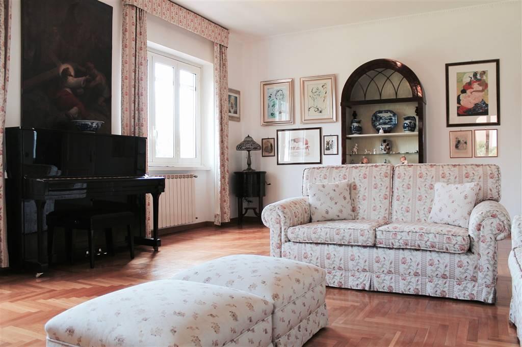 Villa in Via Del Sassone, Ciampino
