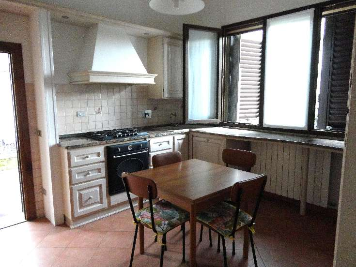 Appartamento in affitto a Gambassi Terme, 2 locali, zona Zona: Badia a Cerreto, prezzo € 370 | CambioCasa.it