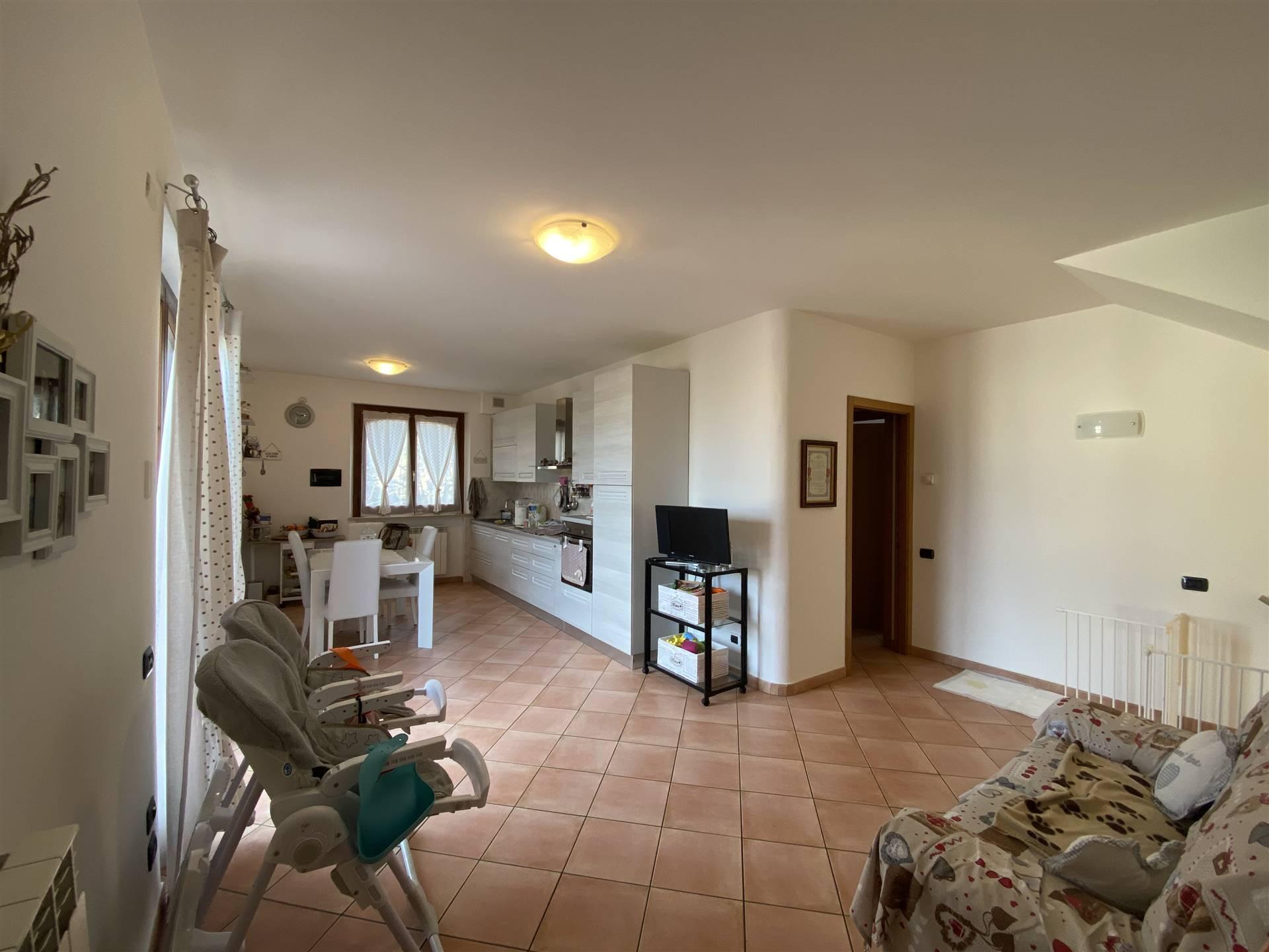 Appartamento in vendita a Gambassi Terme, 4 locali, zona a a Cerreto, prezzo € 198.000   PortaleAgenzieImmobiliari.it