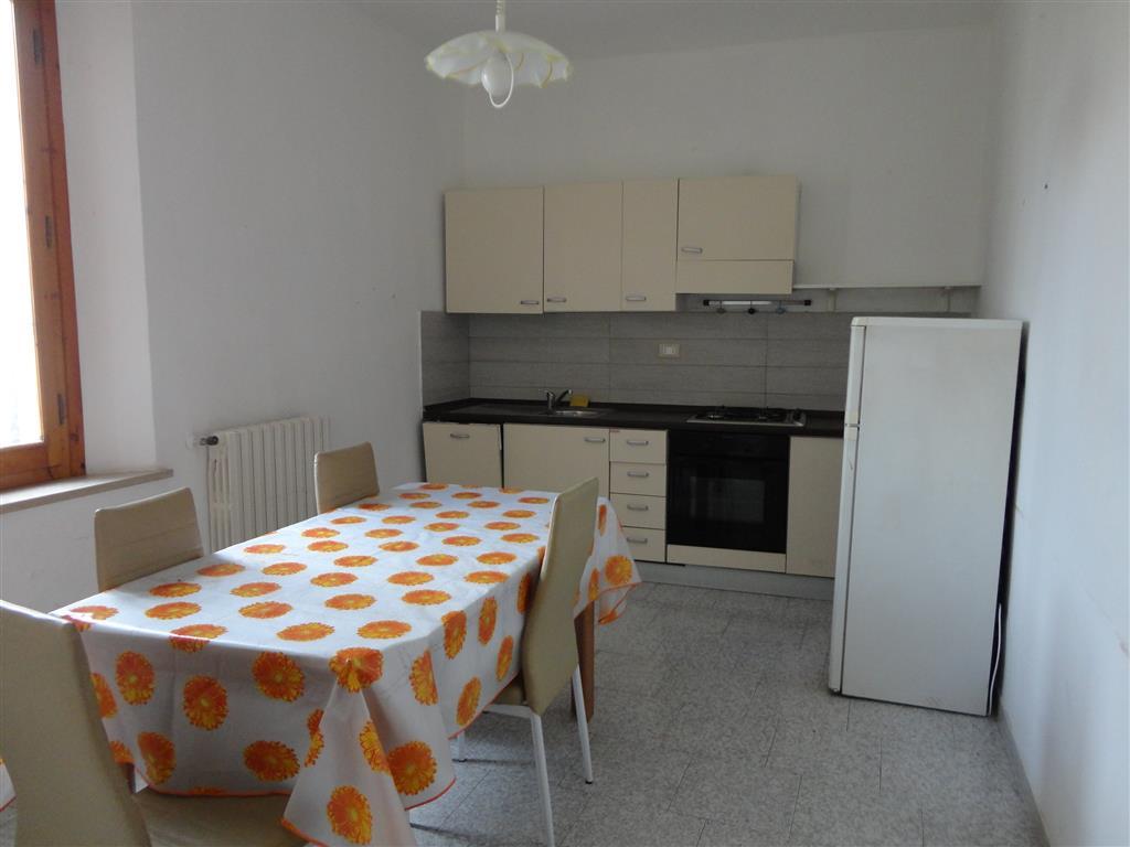 Soluzione Indipendente in affitto a San Gimignano, 2 locali, zona Località: BADIA A ELMI CANONICA, prezzo € 550   CambioCasa.it