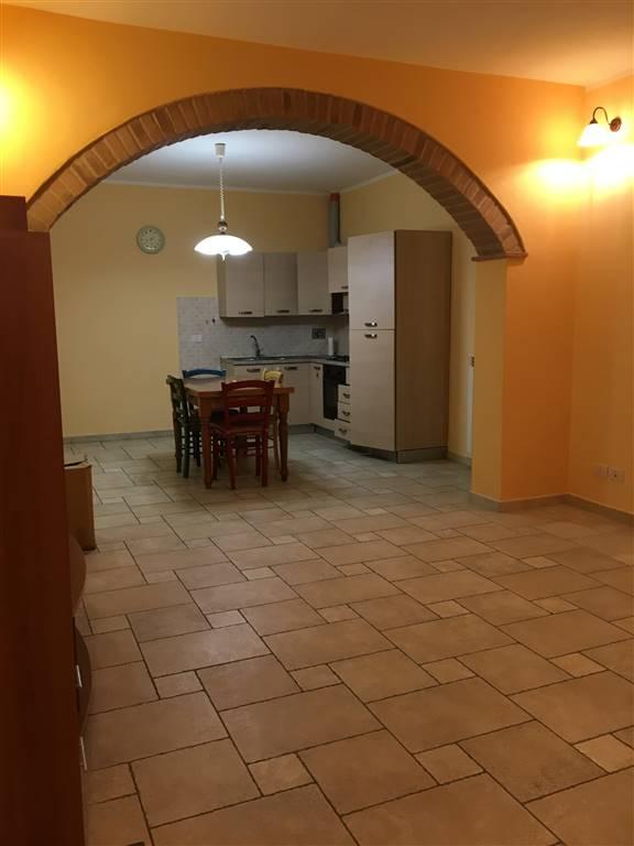 Appartamento in affitto a Certaldo, 4 locali, prezzo € 600 | CambioCasa.it