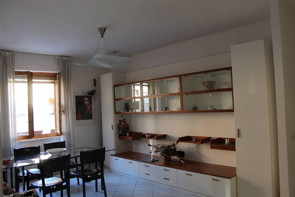 Appartamento in vendita a Siena, 5 locali, zona Località: TAVERNE ARBIA, prezzo € 250.000 | CambioCasa.it