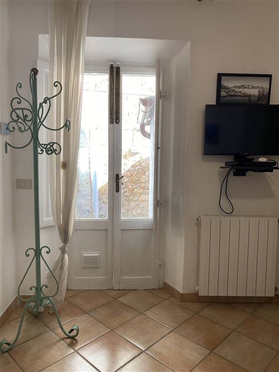 Appartamento in vendita a Sovicille, 3 locali, prezzo € 120.000 | CambioCasa.it