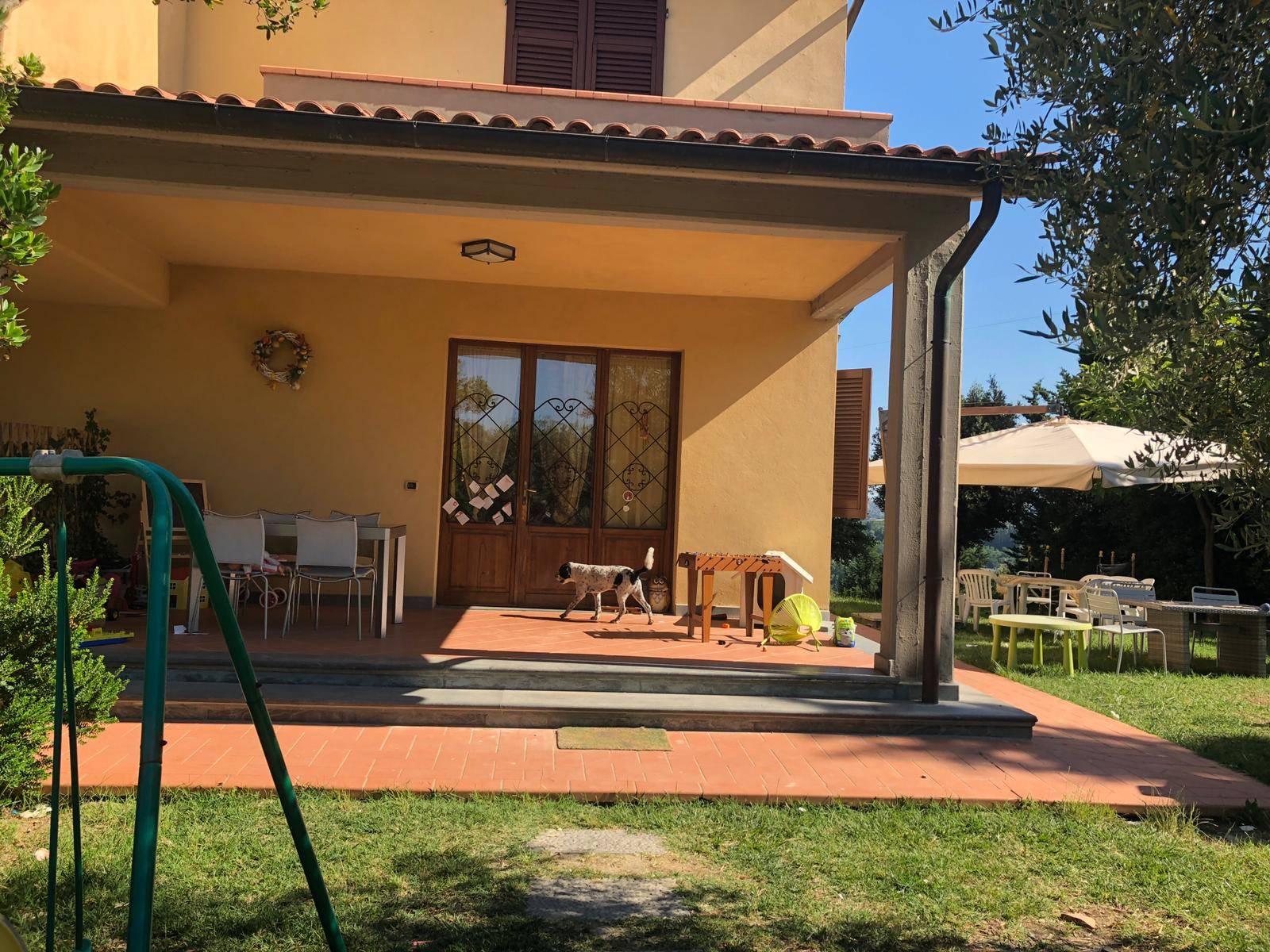 Villa a Schiera in affitto a San Gimignano, 4 locali, prezzo € 750   CambioCasa.it