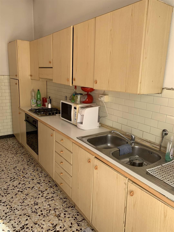 Appartamento in affitto a Certaldo, 7 locali, zona Località: SEMI-CENTRO, prezzo € 600 | CambioCasa.it